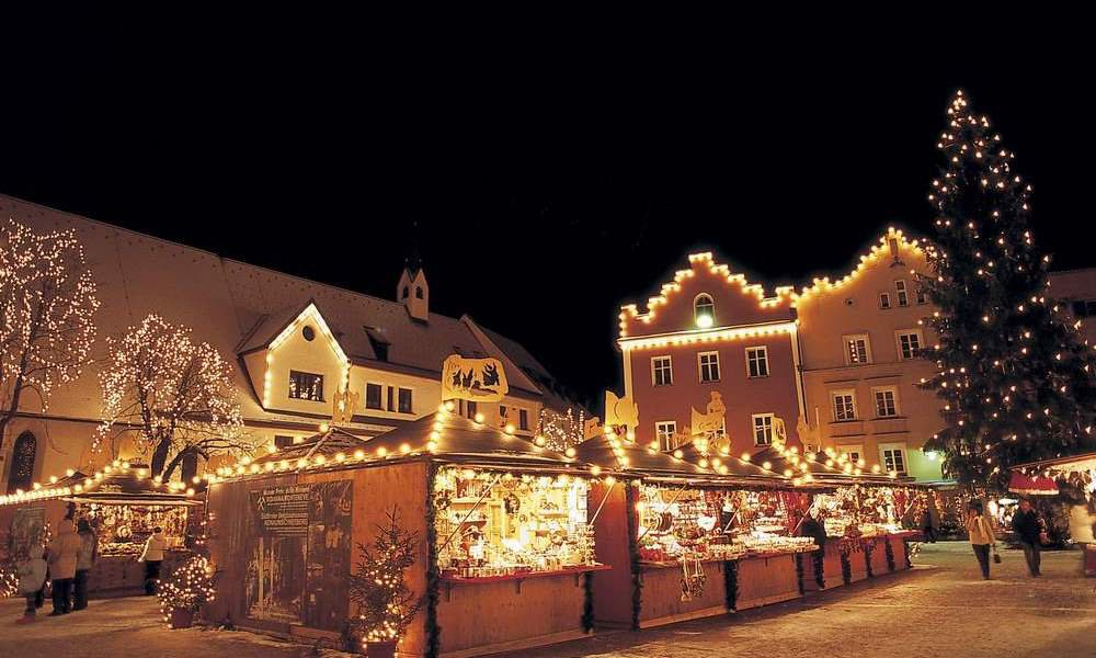 Christmas market in Klausen: Welcome to the Middle Ages